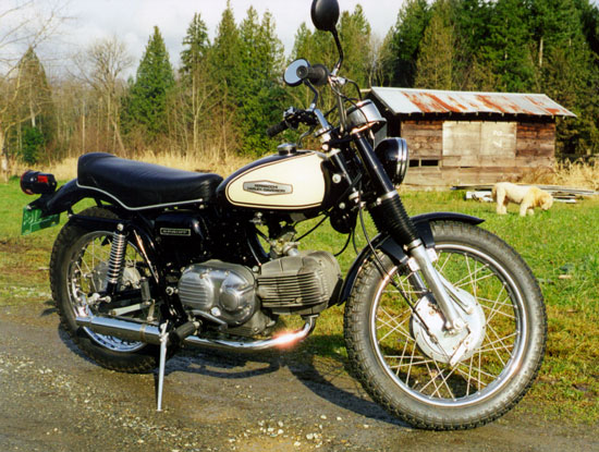 1970 Aermacchi 350 Spring restored by Paul Brodie